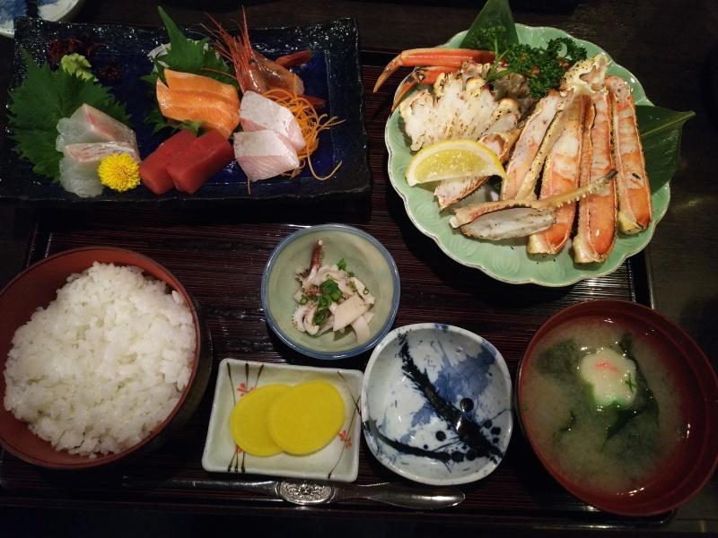 敦賀赤レンガ倉庫で蟹のランチ&カフェ_e0305834_18080619.jpg