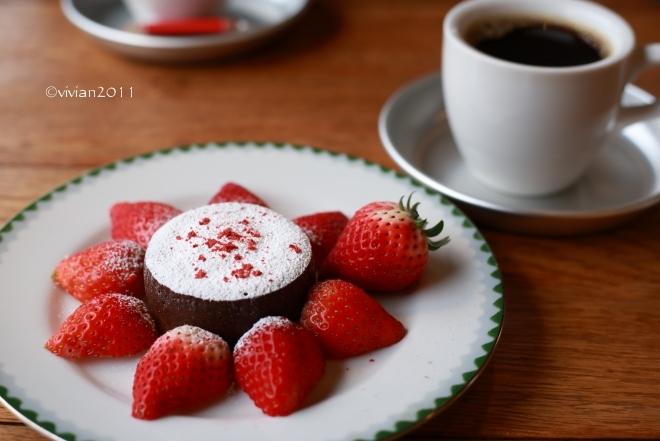 KALEIDO COFFEE ROASTERY(カレイドコーヒーロースタリー)~夫もお気に入り~_e0227942_22275326.jpg