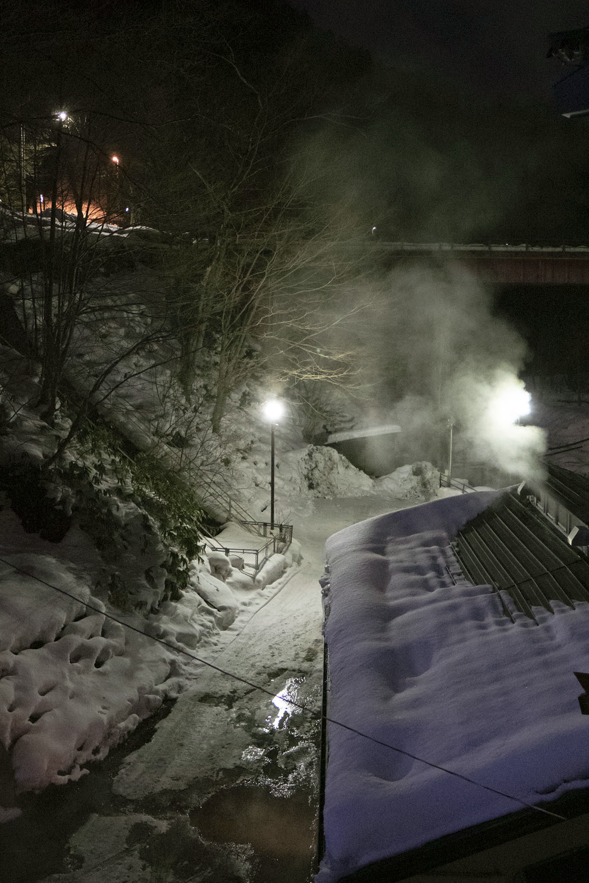 鉛温泉とマルカン食堂_e0100152_09361749.jpg