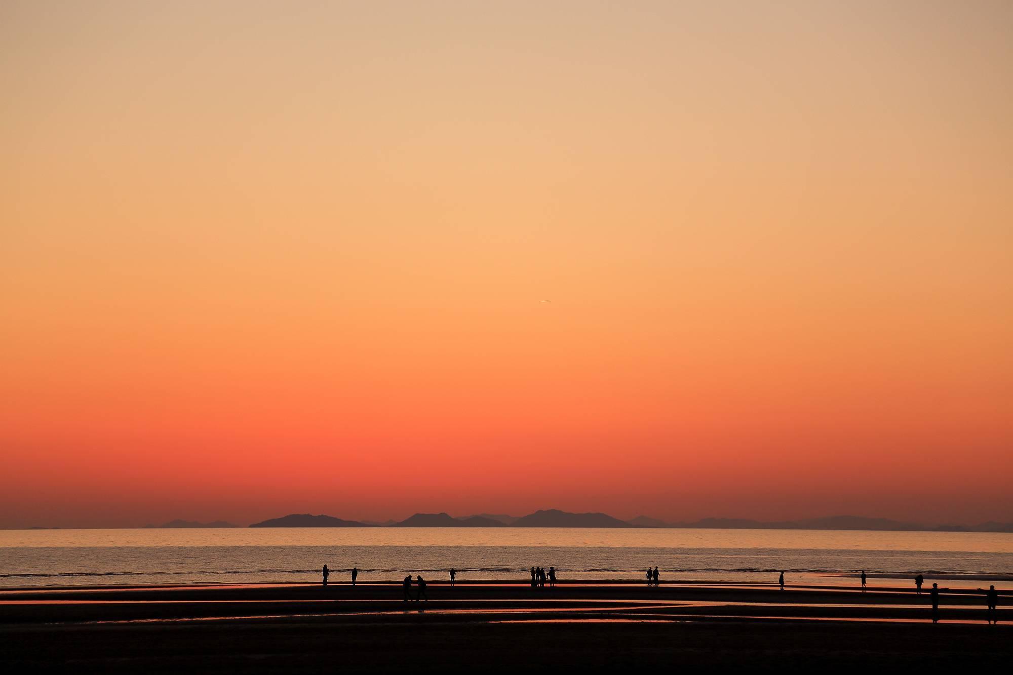 まるでウュニ塩湖と話題!「父母ヶ浜」の絶景 ~瀬戸内海の天空の鏡~ そのⅠ_a0140608_23151968.jpg