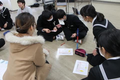 三条市立第二中学校において「世界の紛争をのぞいてみると」ワークショップを行いました_c0167632_17000008.jpg