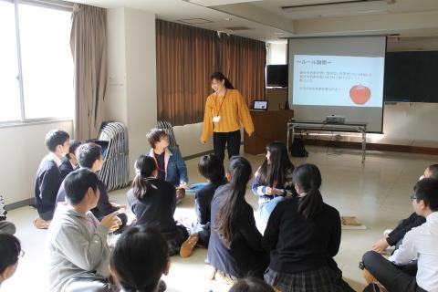 新潟第一中学校において「想像を超えた世界」ワークショップを行いました_c0167632_17224465.jpg