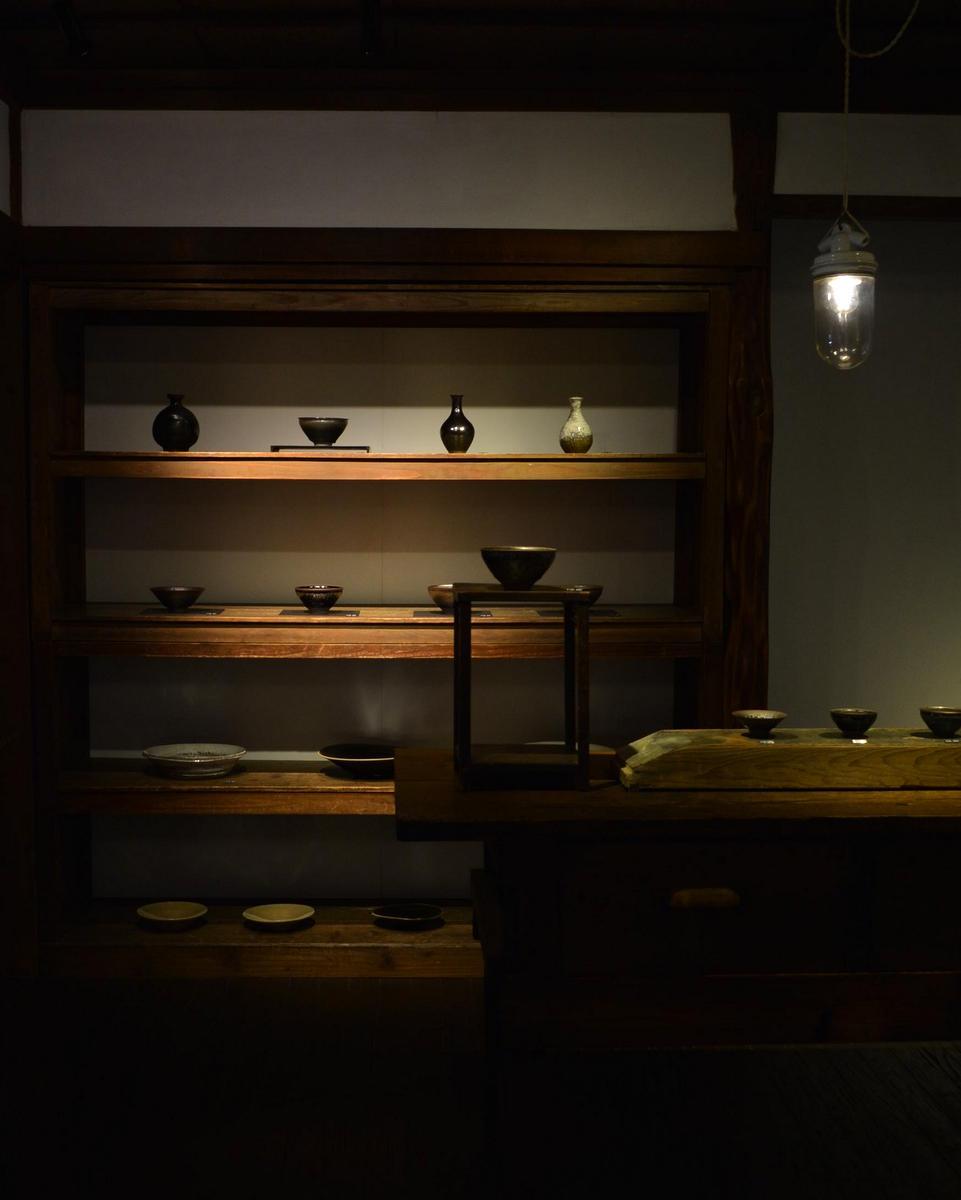 「古谷宣幸 展  天目茶盌と食の器」 3/9(土)より_d0087761_16504178.jpg