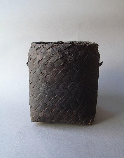 タイの籃胎漆器_e0111789_15263938.jpg