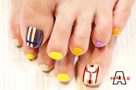FOOT NAIL_a0117115_11320321.jpg