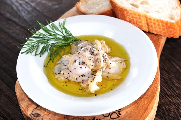 メシ通『魚介を使った簡単レシピ』 ☆ ハマグリをオイル漬けに!_d0069838_10241510.jpg