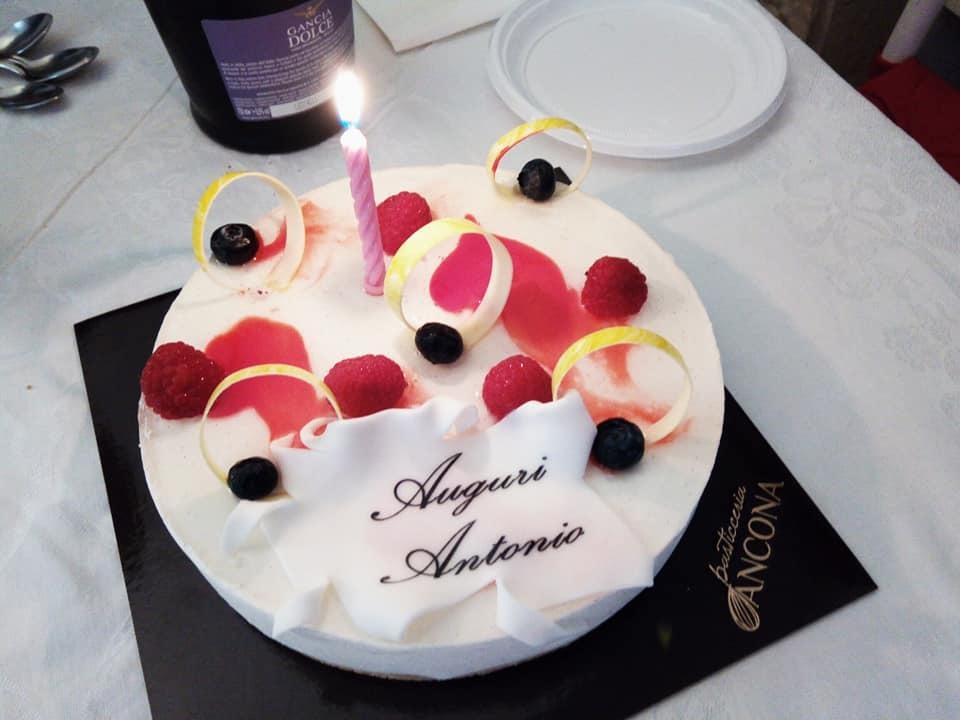 アントニオの誕生日_b0305039_19414072.jpg