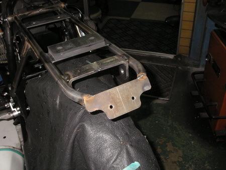 BMW R100RS改への道 6)リアシートレール_e0218639_13043150.jpg