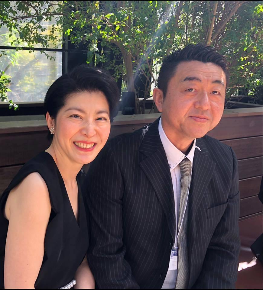 荒井詩万さんの出版記念パーティーに行ってきました。_e0133255_16035615.jpg