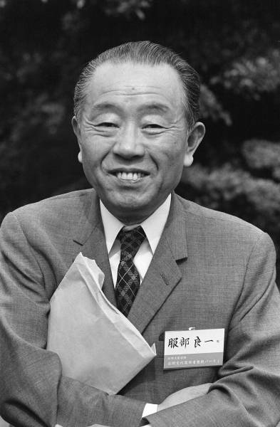 服部良一(1907~1993) : 有名人の墓巡り~昭和の著名人と出会う旅~