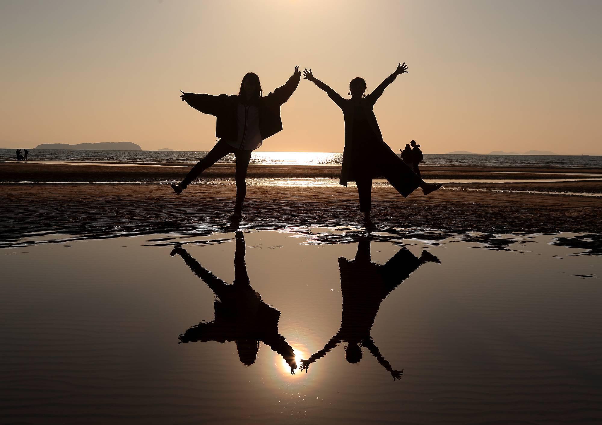 まるでウュニ塩湖と話題!「父母ヶ浜」の絶景 ~瀬戸内海の天空の鏡~ そのⅢ_a0140608_07392960.jpg