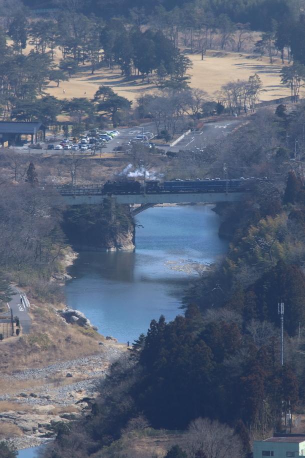 ささやかな白い蒸気を流しながら鬼怒川を渡る - 2019年早春・東武鬼怒川線 -_b0190710_18273308.jpg