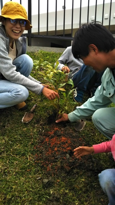 第8回くんじゃん山学校 どんぐりを植えよう!_f0121321_16180092.jpg