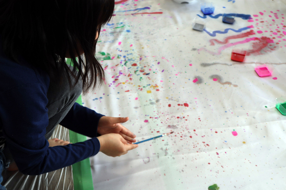第5回こども美術教室 ~ 布に描く ~_e0222340_14432387.jpg