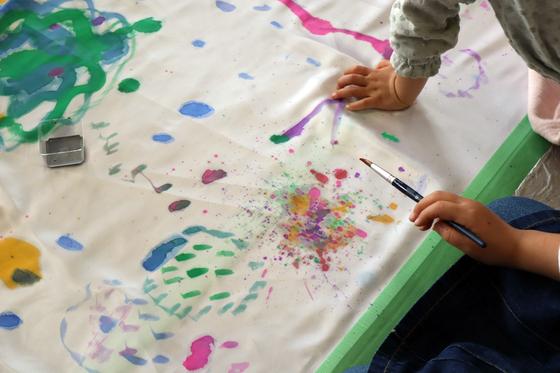 第5回こども美術教室 ~ 布に描く ~_e0222340_14435578.jpg