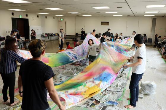 第5回こども美術教室 ~ 布に描く ~_e0222340_14521034.jpg