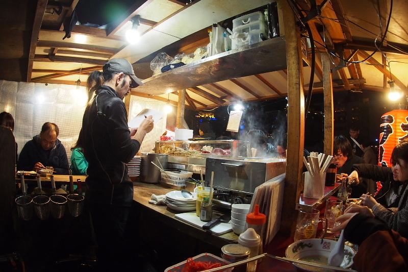 【中州の屋台】やまちゃんの長浜豚骨ラーメン_b0008655_14171451.jpg