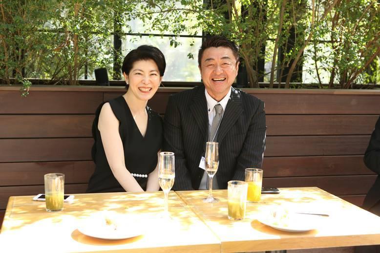 荒井詩万さんの出版記念パーティーに行ってきました。_e0133255_16072798.jpg