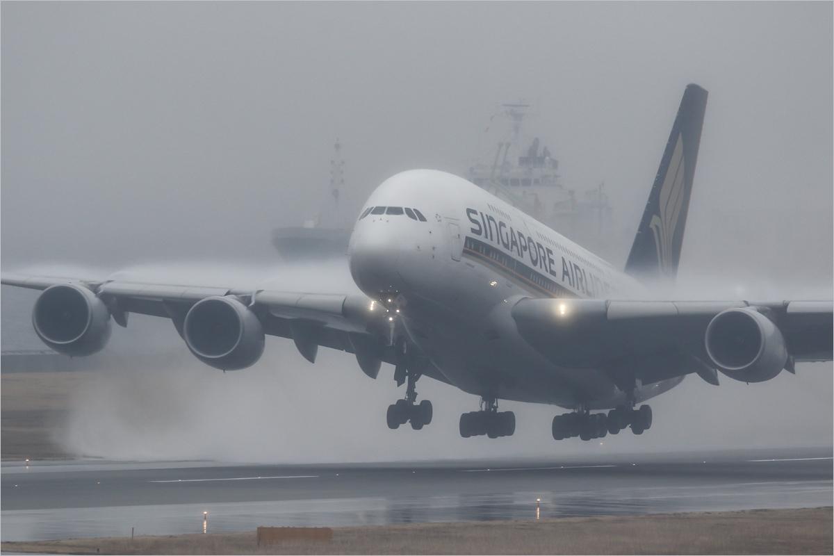 Volume - 関西国際空港_c0308259_01353735.jpg