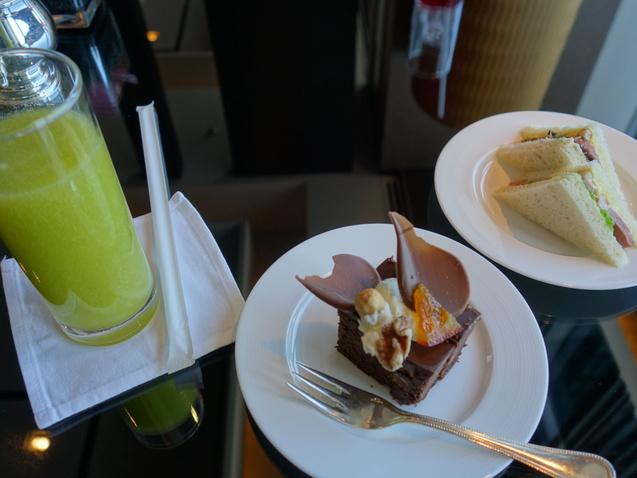 シャングリ・ラ ホテル 東京 (1)_b0405262_20165892.jpg