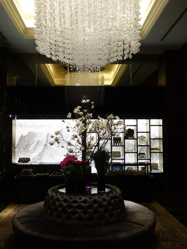 シャングリ・ラ ホテル 東京 (1)_b0405262_20224815.jpg