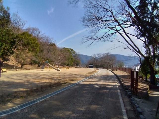 2019早春の京都と大津をめぐる (6) 石山寺に行き、山科で散歩する_f0100593_19160862.jpg