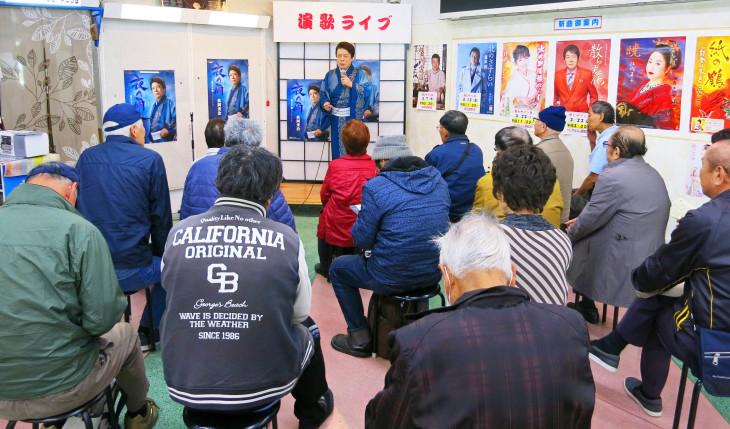 夜の雨発売記念ミニライブ・名古屋_b0083801_17181256.jpg