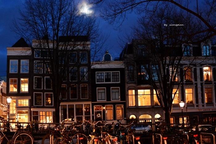 クリスマスのアムステルダム_a0153807_06301014.jpg