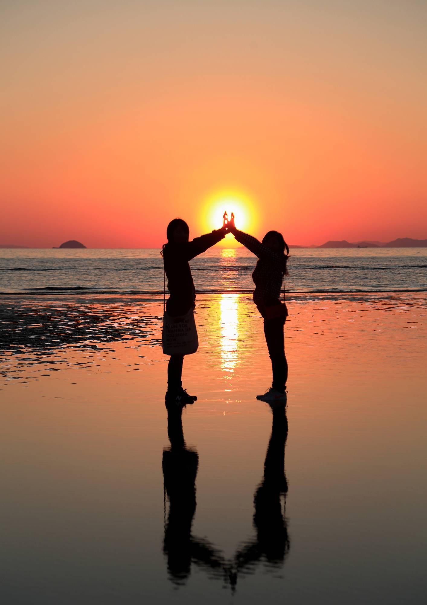 まるでウュニ塩湖と話題!「父母ヶ浜」の絶景 ~瀬戸内海の天空の鏡~ そのⅣ_a0140608_06512806.jpg