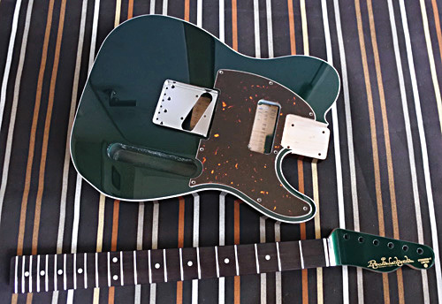 Dark Emerald Metallic色のStandard-Tの塗装が完了です!_e0053731_15282926.jpg