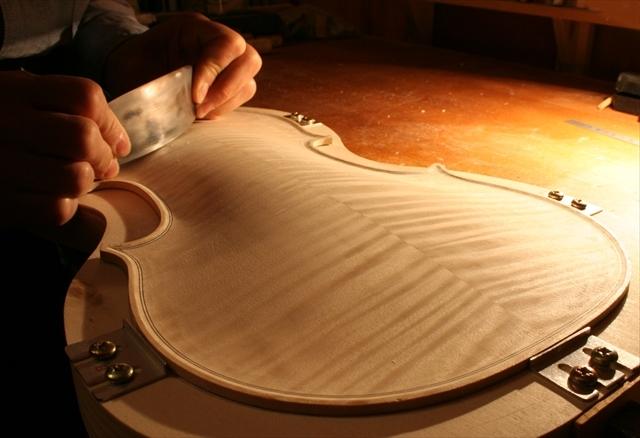 ヴァイオリン製作工程のご紹介_a0197551_07331266.jpg