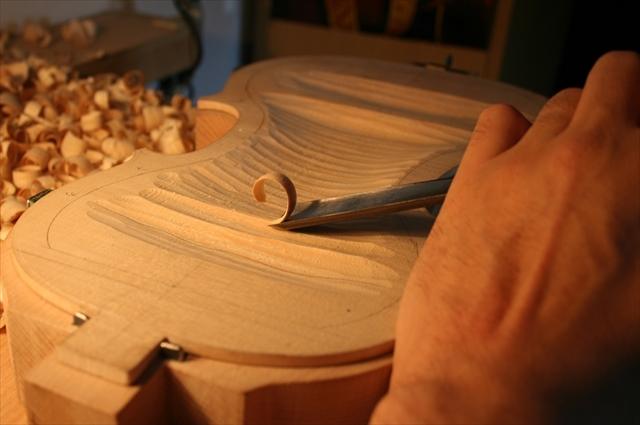 ヴァイオリン製作工程のご紹介_a0197551_07332554.jpg