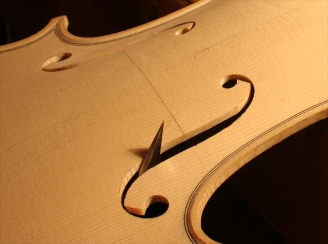 ヴァイオリン製作工程のご紹介_a0197551_07343731.jpg