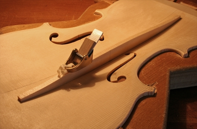 ヴァイオリン製作工程のご紹介_a0197551_07350296.jpg
