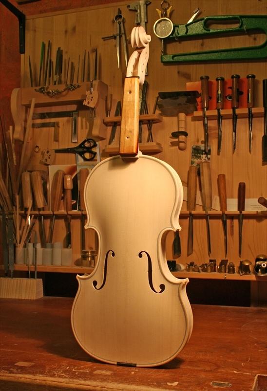 ヴァイオリン製作工程のご紹介_a0197551_07382426.jpg