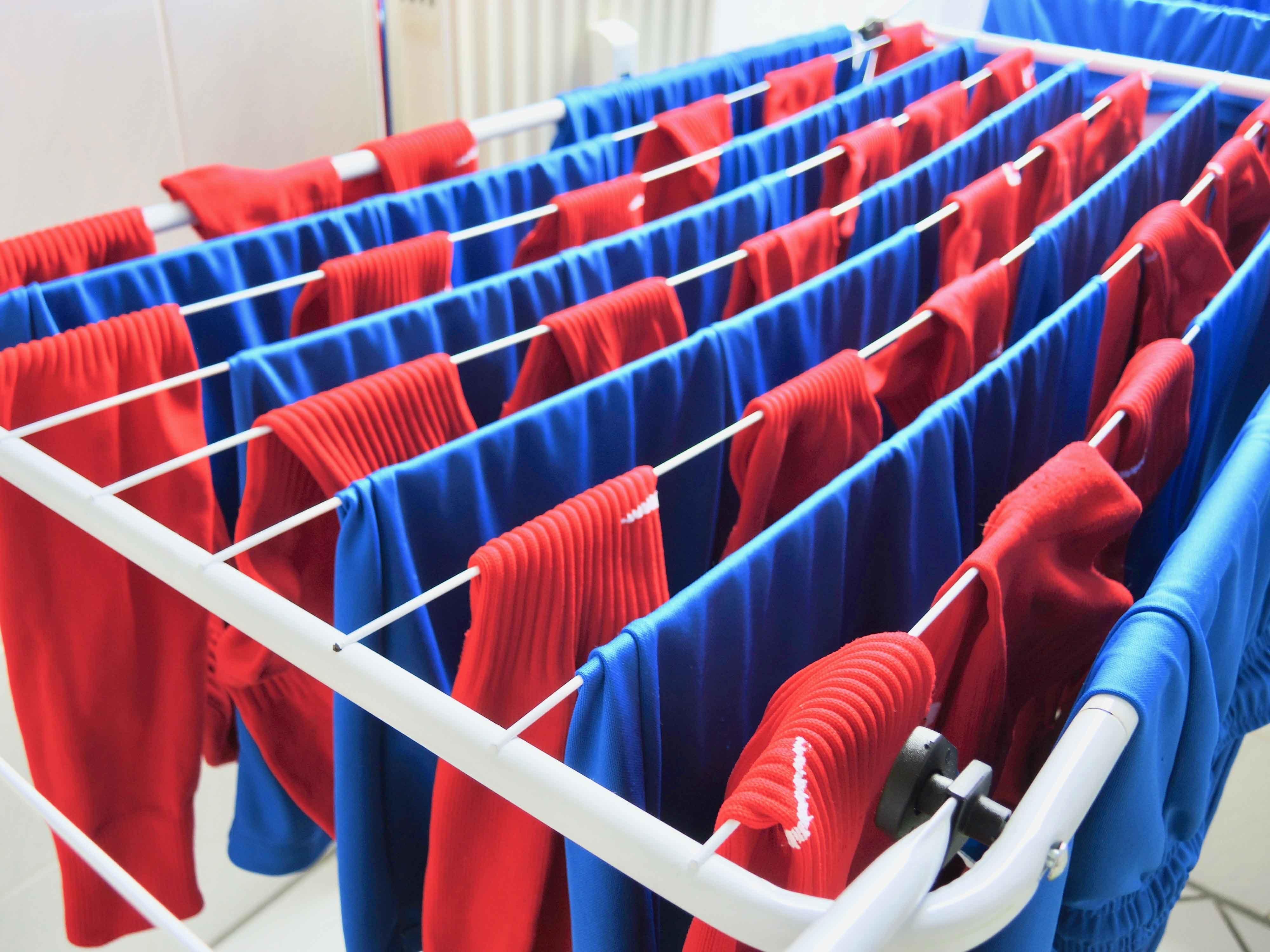 ハットトリックのあとの洗濯は苦にならない_c0192161_02060874.jpg