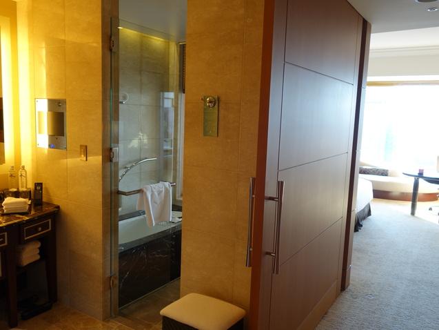 シャングリ・ラ ホテル 東京 (2)_b0405262_2221025.jpg