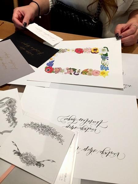 モダンカリグラフィー お花のリース ガッシュで色付け 紙と筆のこと_b0165872_20575882.jpg