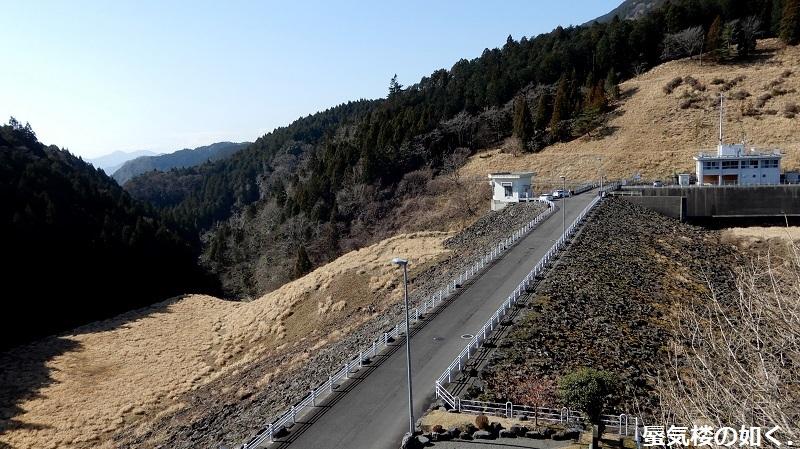 静岡県の大倉川農地防災ダムへ~ 絶景、雄大な富士山に見守られたダム ~(ダムカード1枚ゲット)_e0304702_18203755.jpg