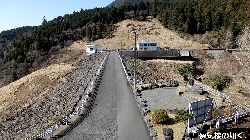 静岡県の大倉川農地防災ダムへ~ 絶景、雄大な富士山に見守られたダム ~(ダムカード1枚ゲット)_e0304702_18205634.jpg