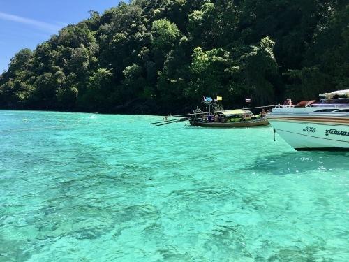 ピピ島へ_b0325640_18440425.jpg