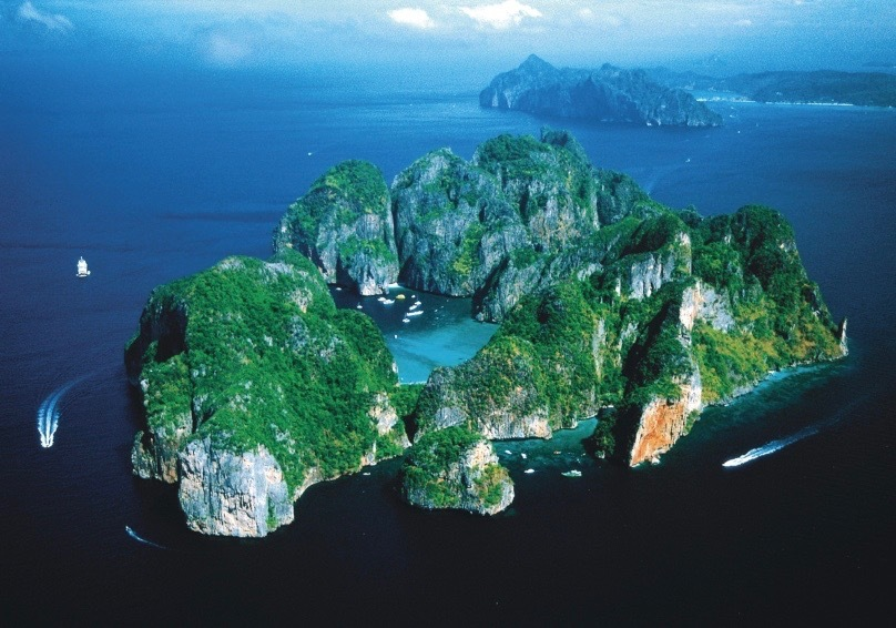 ピピ島へ_b0325640_20200307.jpg