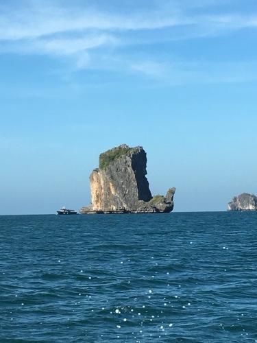 ピピ島へ_b0325640_20293769.jpg