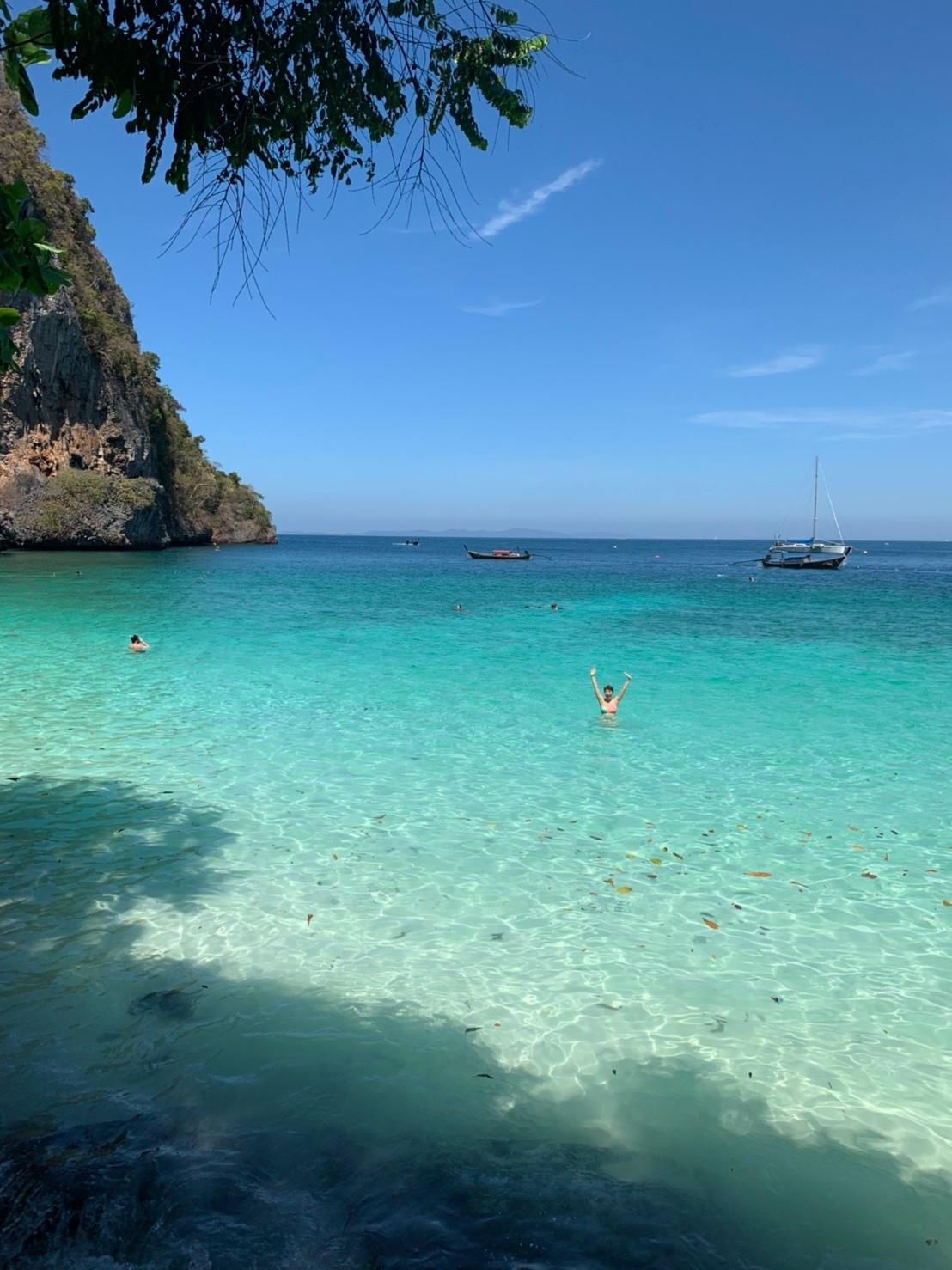 ピピ島へ_b0325640_20300596.jpg