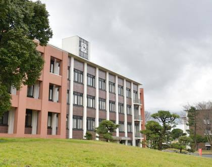 鳥取大学さんでの撮影......降ったり止んだりおまけに風強し...._b0194185_20264400.jpg