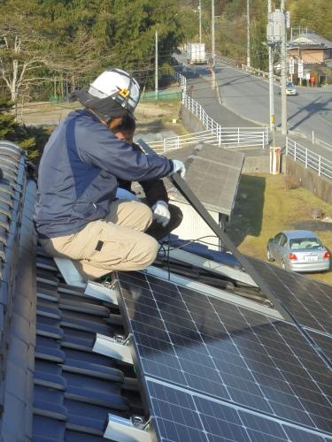 O様邸太陽光発電システム工事_d0125228_08124038.jpg