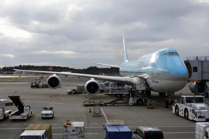 大韓航空 KE704便 成田ー仁川 ビジネスクラスの機内食と機材 B747-8i 2018年12月 大田・ソウルの旅(1)_f0117059_16433879.jpg