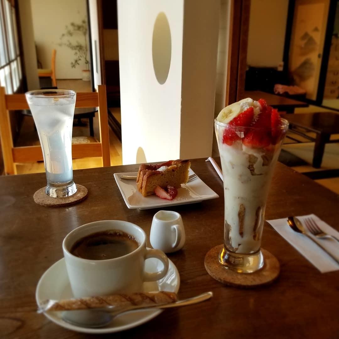 信州小諸・農カフェ わのん * 築150年の古民家カフェでいただくマクロビパフェ♪_f0236260_23191526.jpg