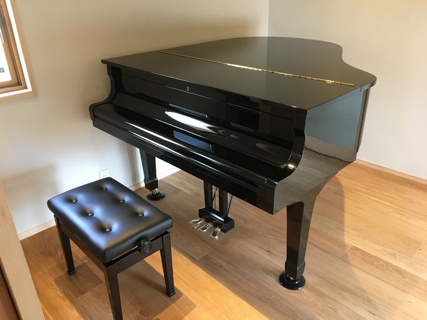 ピアノを搬入しました_c0354072_23035028.jpg