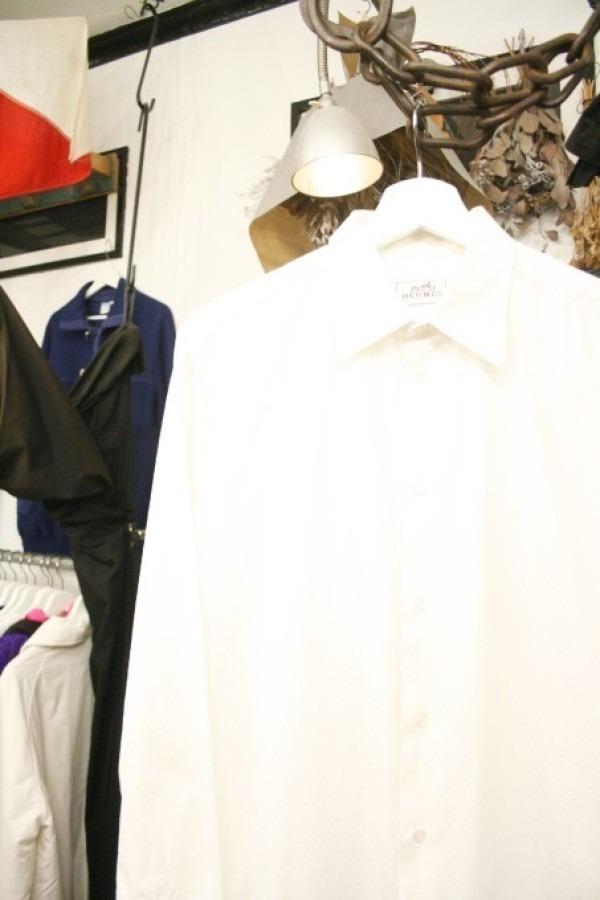 遅くなっちゃったので商品紹介だけ。入荷HERMES/エルメス。メンズ。シャツ、ジャケット、ボトムス_f0180307_00252441.jpg